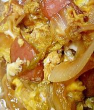 白菜とウィンナーのすき焼き風卵とじ