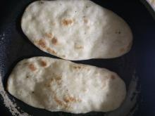 小麦粉だけBPなし簡単チャパティ(ピザ生地・ナン)