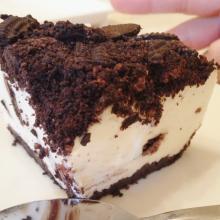 クッキーとクリームチーズのレアチーズケーキ