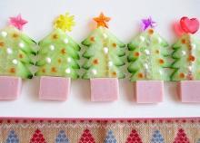 キュウリとお魚ソーセージで☆ぷちクリスマスツリー♪